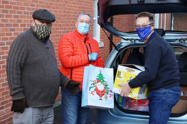 https://www.freemasonrytoday.com/more-news/provinces-districts-a-groups/knowle-freemasons-helping-to-make-christmas-happen-for-those-in-need