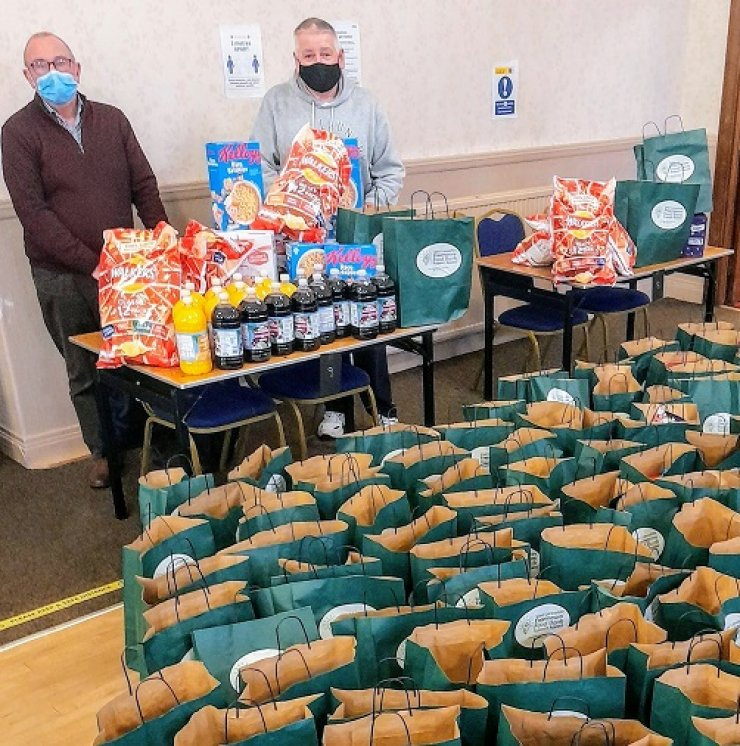 https://www.freemasonrytoday.com/more-news/provinces-districts-a-groups/west-lancashire-freemasons-donate-40-540-and-deliver-82-653-items-to-29-local-food-banks-in-christmas-appeal